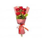 Букет из 5 роз Комплимент красный