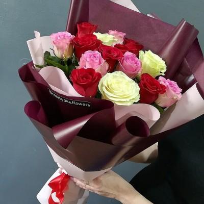 Букет из 15 роз Контраст