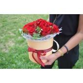 Цилиндр с розами Теплый вечер