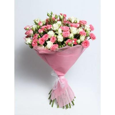 Букет из кустовых роз Очарование