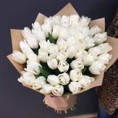 51 тюльпан белый в упаковке