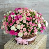 Корзина Нежные кустовые розы