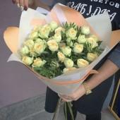 """Букет """"Ваниль"""" из кустовых роз"""