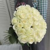 Букет 35 белых роз Эквадор