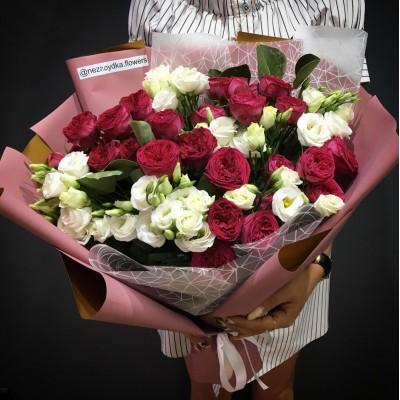 Букет Ароматный сад с пионовидными розами