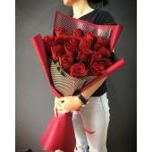 "Букет из 17 роз ""Passion"""